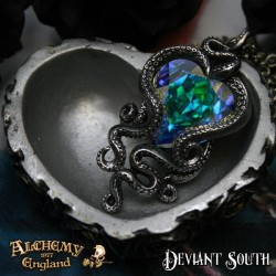 Alchemy Gothic P723 Heart of Cthulhu with 'Aurore Boreale' Swarovski Crystal