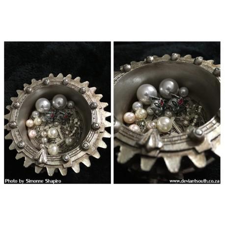 Alchemy Gothic V62 Anguistralobe Trinket Dish
